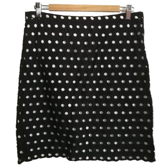 3/30$ LOFT Eyelet Black & White Mini Skirt, sz 10